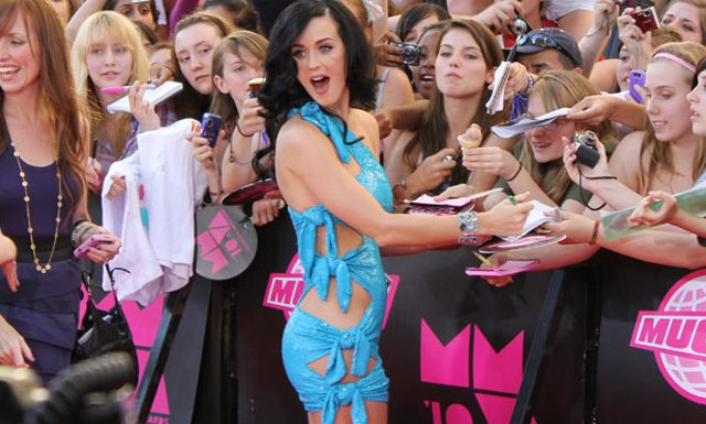 Photos: 2010 MMVAs Red Carpet